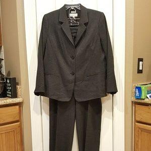 NWOT Calvin Klein Pants Suit Size 18W